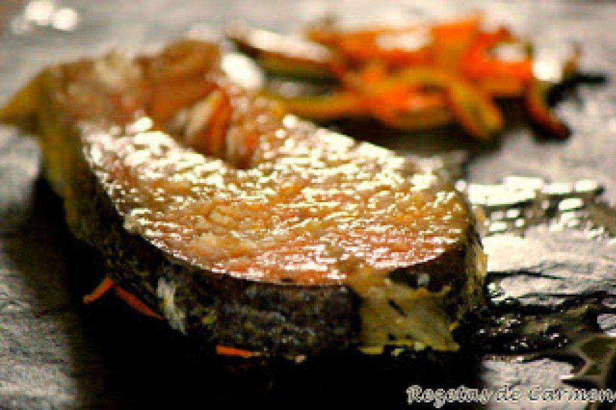 Salmón con salsa de naranjas