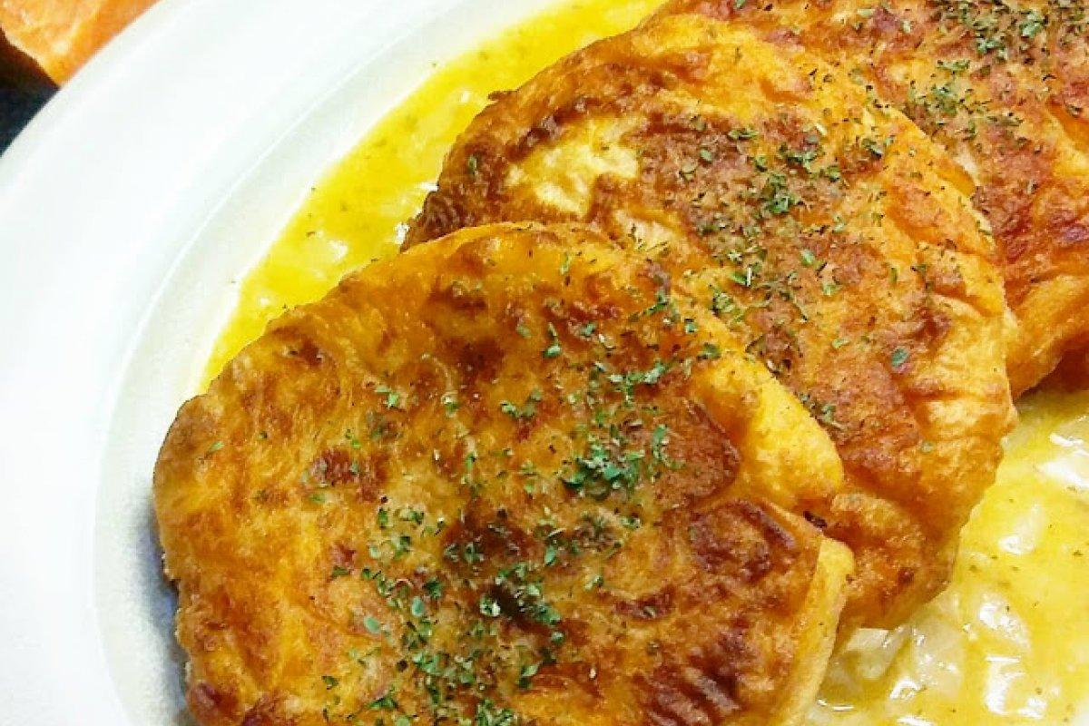 Pasteles de patata y boniato al vino blanco
