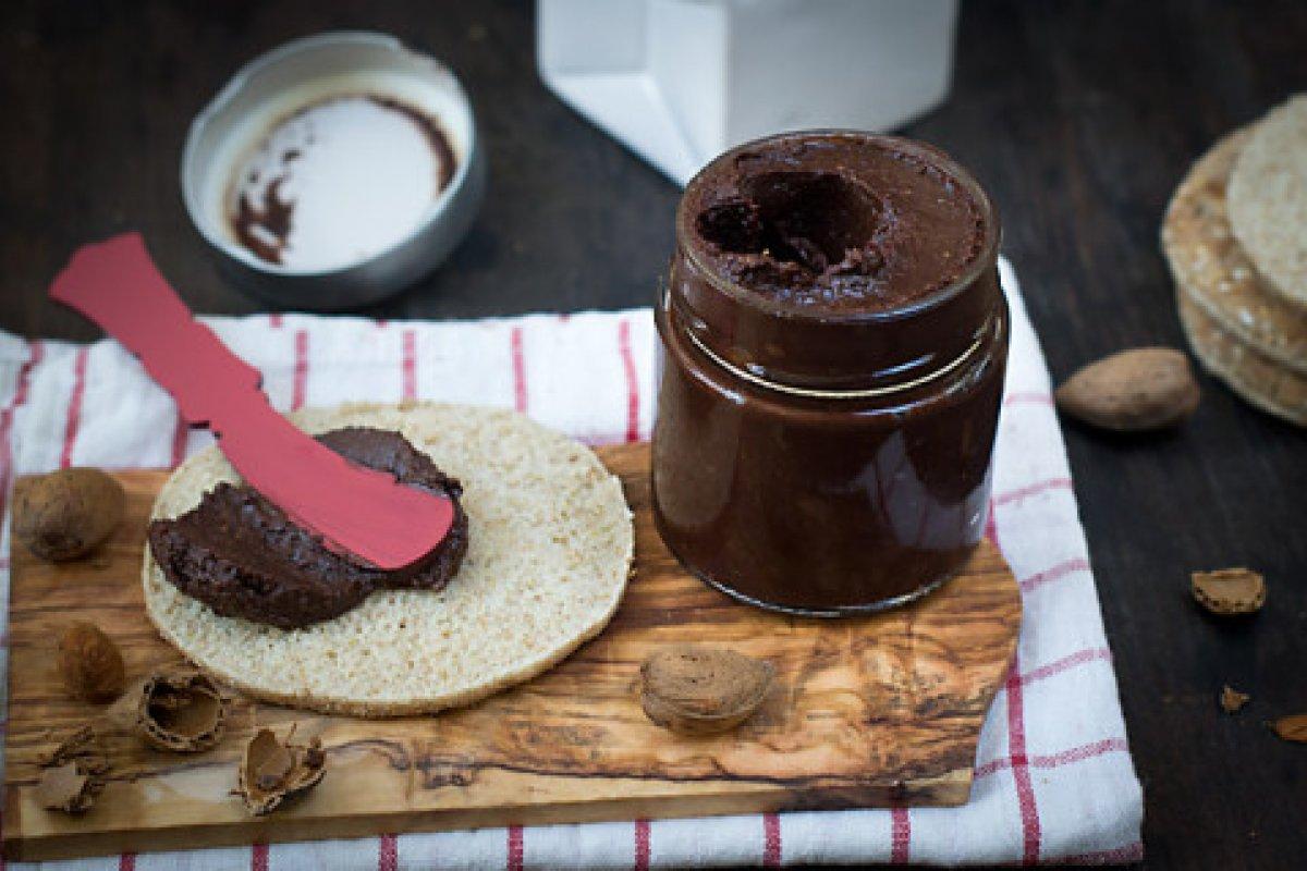 Nutella casera (con aove)