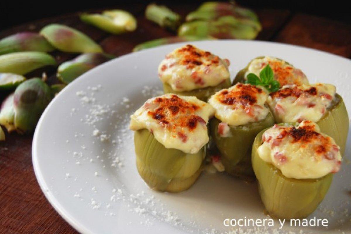 Alcachofas rellenas con jamón