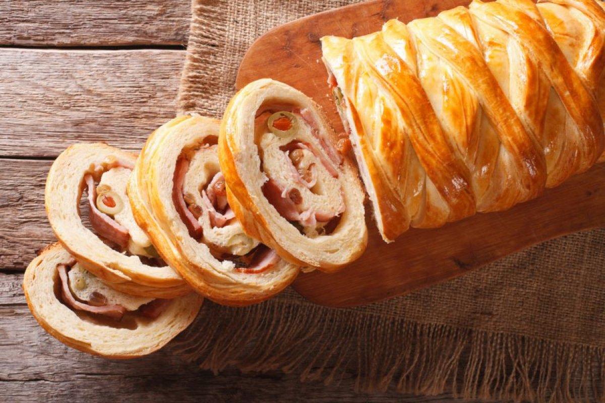 Pan de jamón de hojaldre