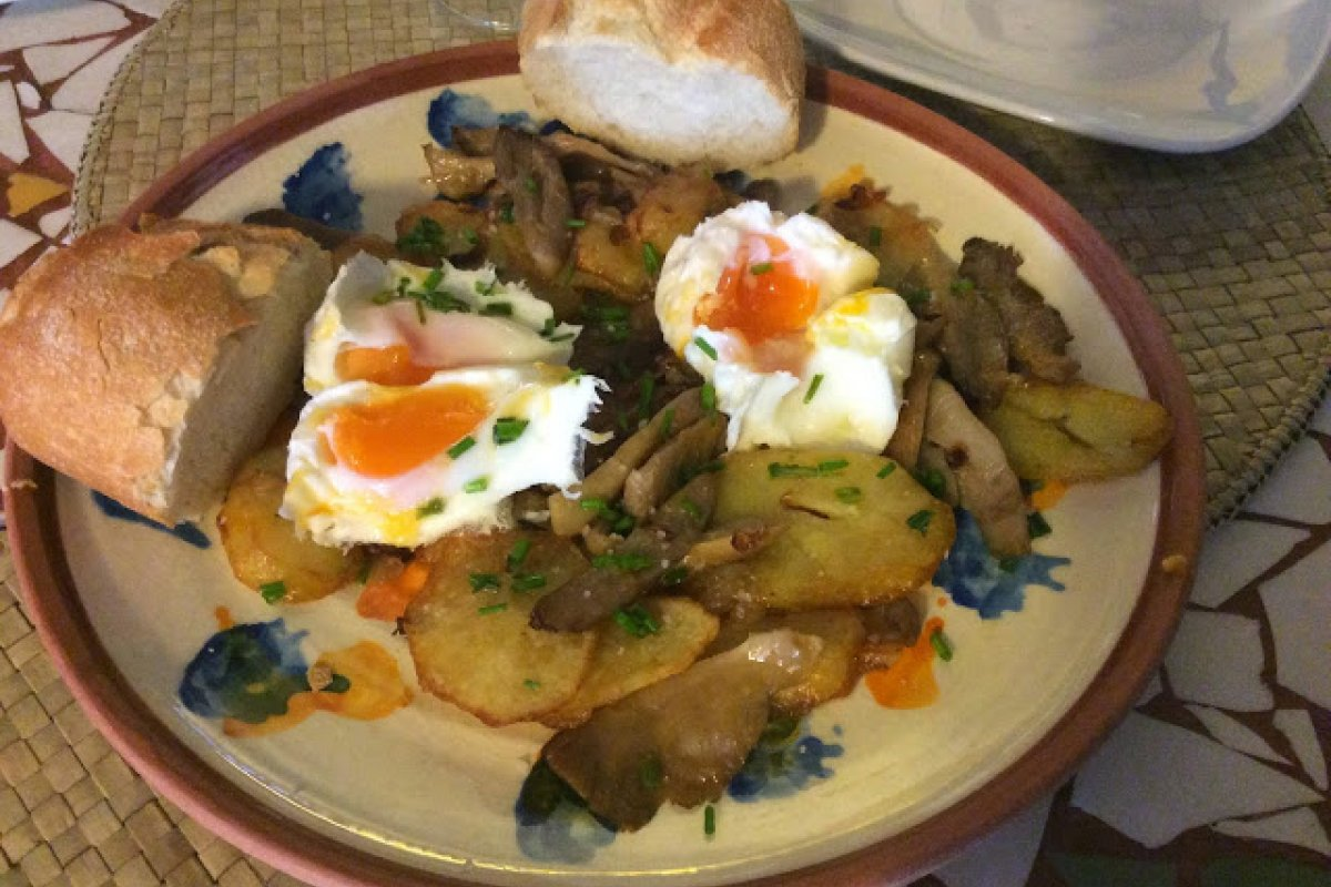 Setas & patatas & huevos