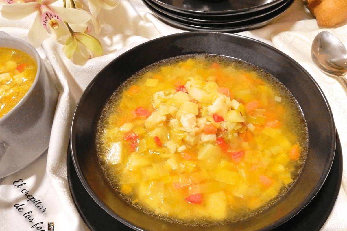 Sopa de puerros con migas de bacalao