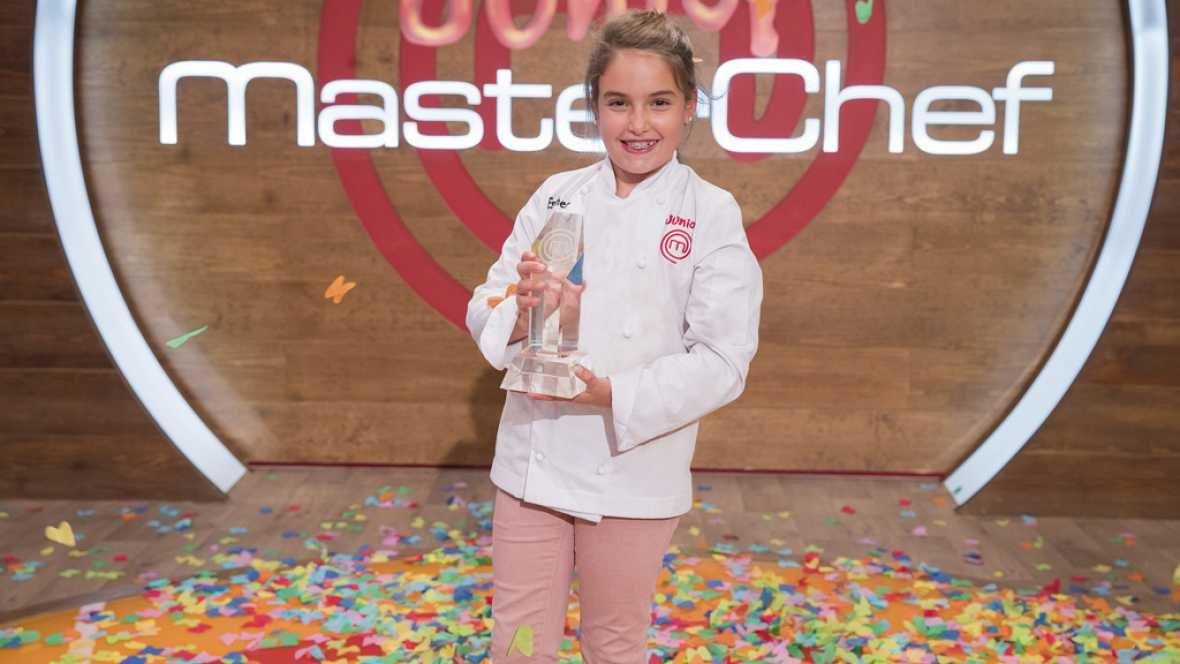 Receta de canelón de aguacate, langostinos, granny-smith y yuzu de Esther, ganadora de MasterChef Junior 5