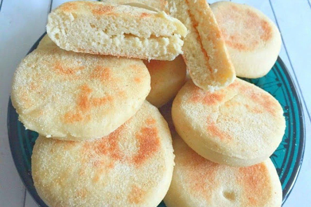 Batbout - pan marroquí hecho en sartén