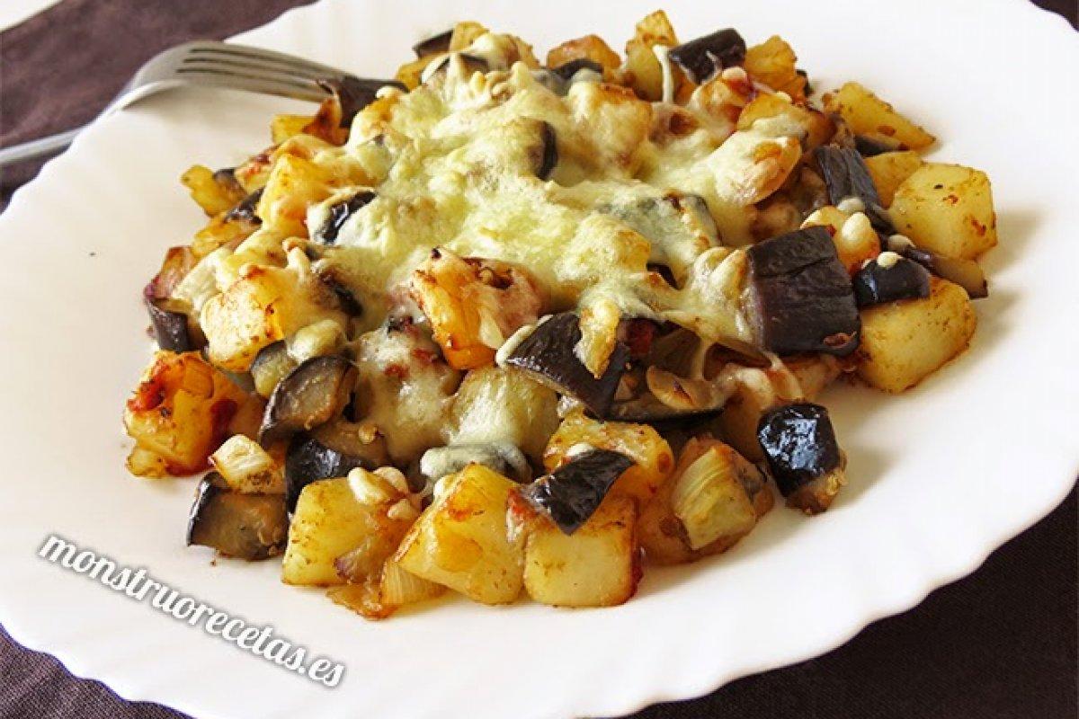 Salteado de berenjenas y patatas gratinado