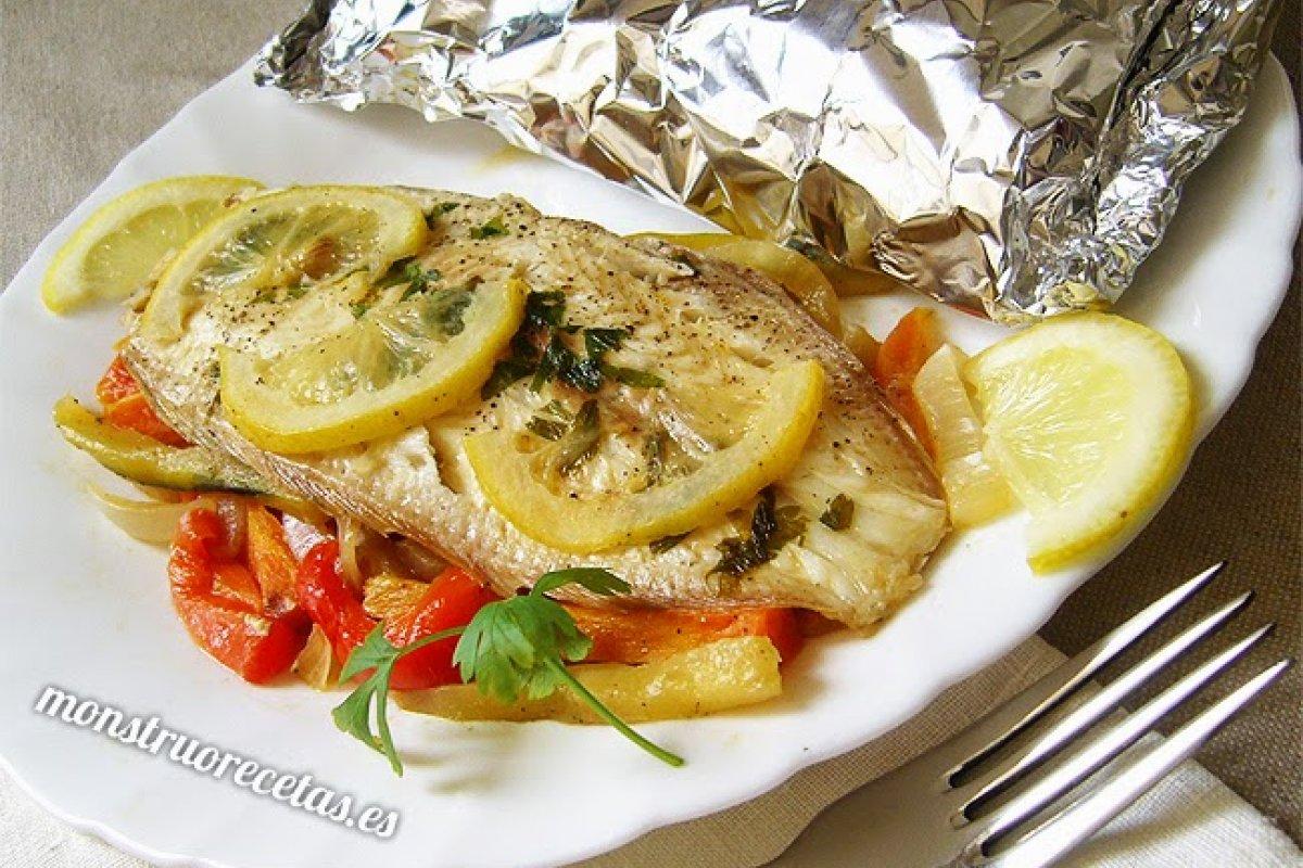 Lenguado al horno con verduras en papillote