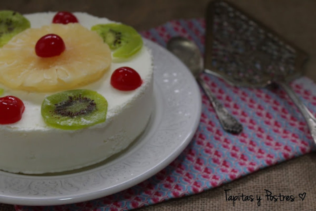 Tarta helada de piña