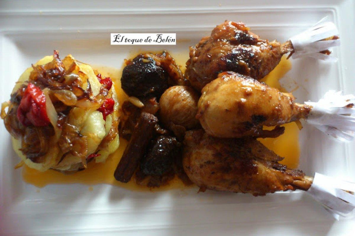 Pollo confitado con ciruelas y piñones