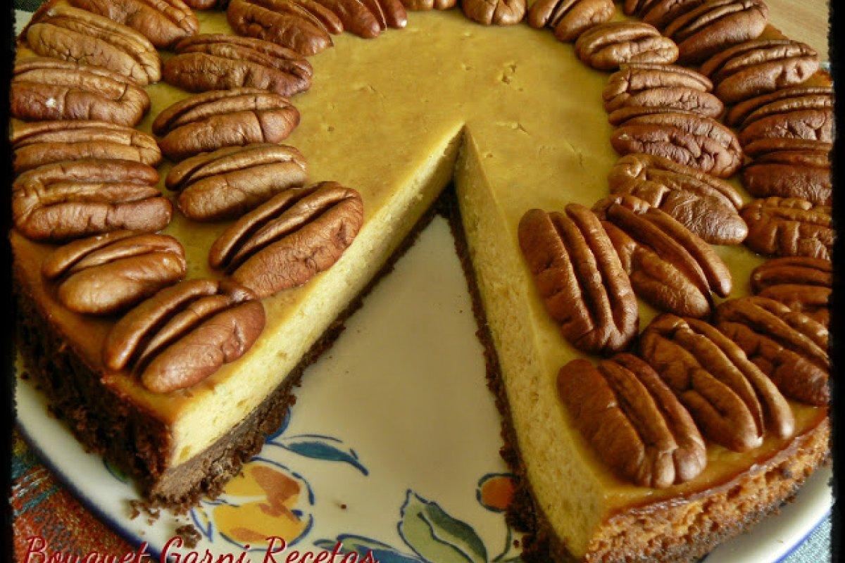 Cheesecake de batatas, miel y nueces pecan