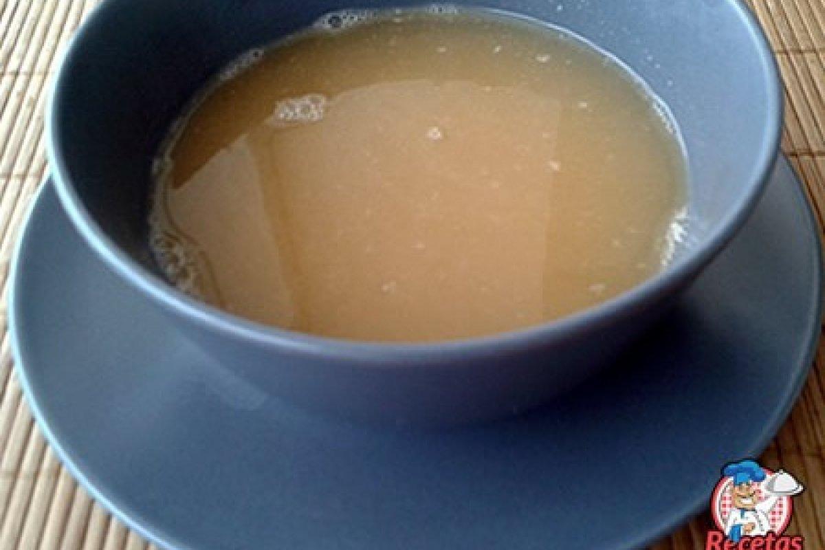 Sopa de cocido o puchero