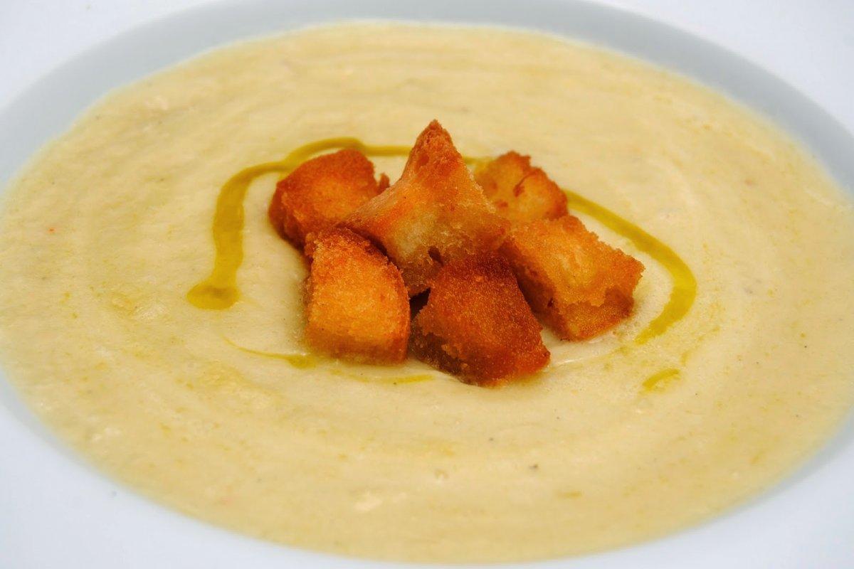 Crema de puerros y patata