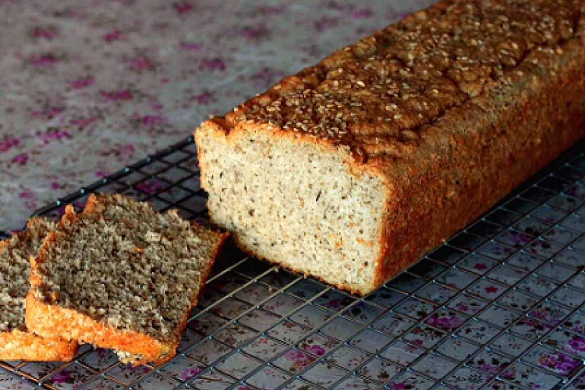 Pan de molde con oregano y albahaca
