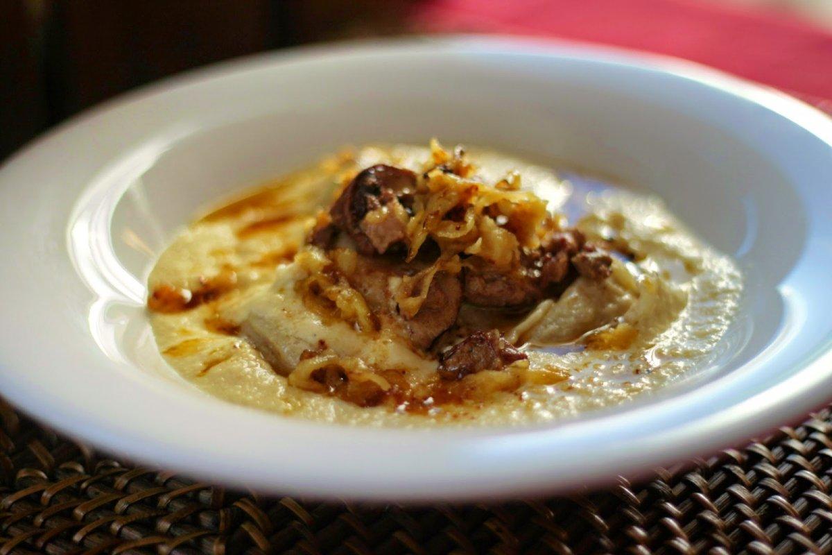 Raviolis de foie grass con salsa de manzana