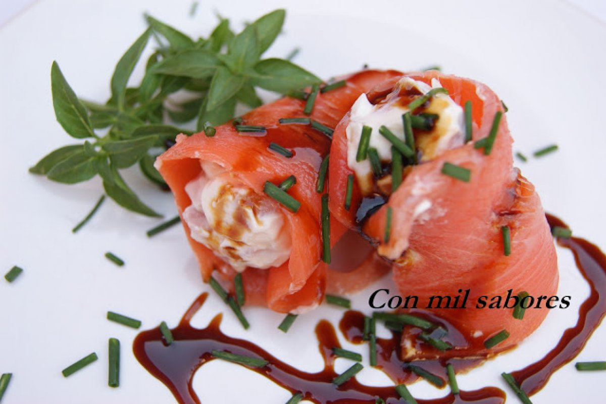 Rollitos de salmon con queso