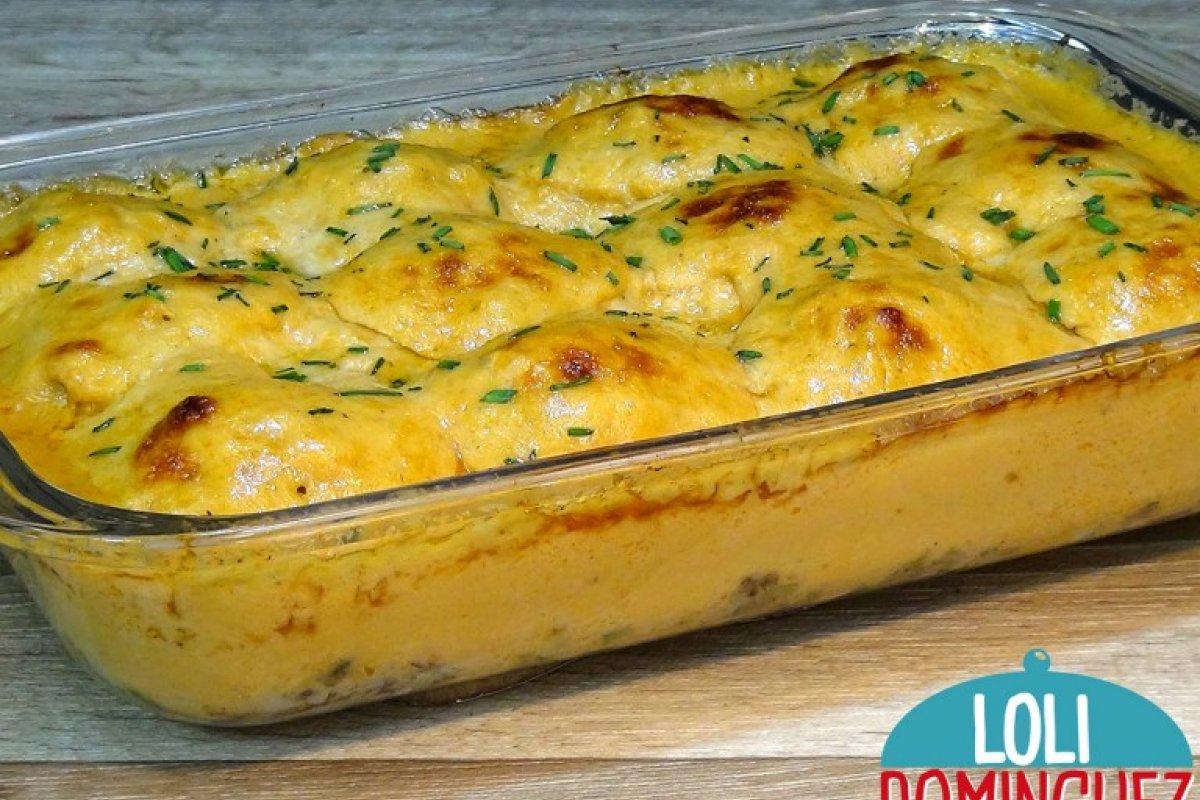 Huevos rellenos con gambas (camarones) y verduras