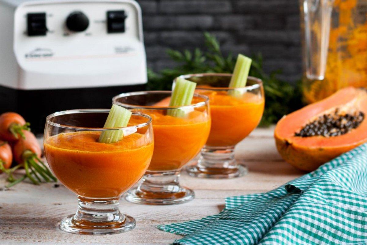 Crema fría de zanahoria y papaya