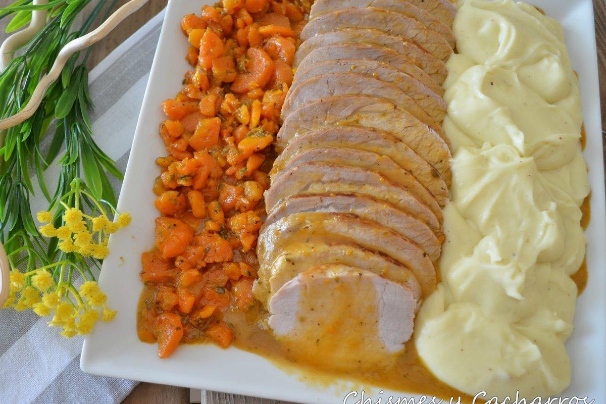 Lomo de cerdo con salsa de finas hierbas
