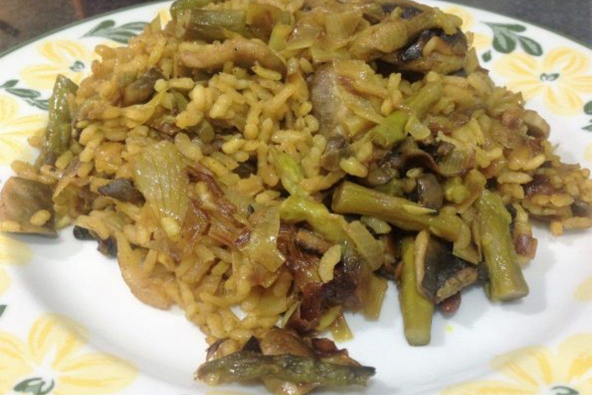 Arroz al curry con verduras