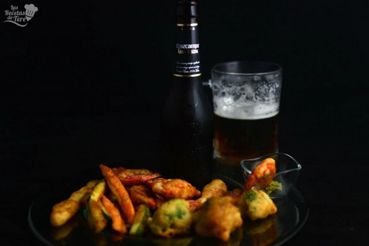 Langostinos jumbo y vegetales al tempura con cerveza